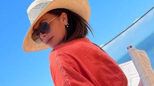 Вікторія Бекхем показала фігуру в крихітному купальнику: фото з Маямі