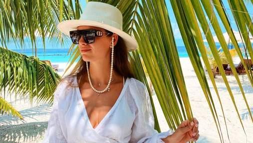 Христина Решетник позувала в білій сукні на Мальдівах: яскраве архівне фото