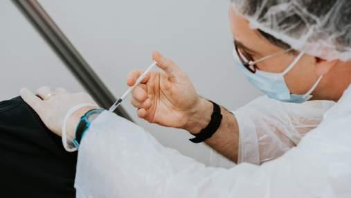 18 доларів для вакцинованих, 999 – для решти: у США на фестиваль продають квитки з різною ціною