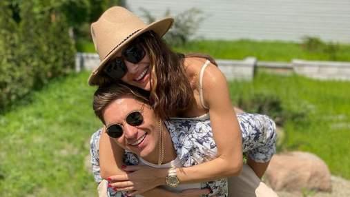 Дружина Володимира Остапчука поділилася рідкісним фото з коханим