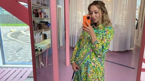 Вагітна дружина Віктора Павліка показала подарунок, який отримала на 27-річчя: фото