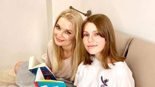 Лідія Таран відпочиває у Франції з 13-річною донькою: фото