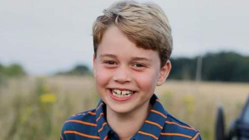 Герцоги Кембриджские показали милое фото принца Джорджа накануне его 8-летия