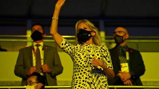 Джилл Байден відвідала церемонію відкриття Олімпіади-2020: фото вишуканого образу
