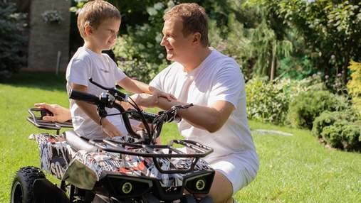 Юрий Горбунов впервые позировал в фотосессии со старшим сыном: трогательные кадры