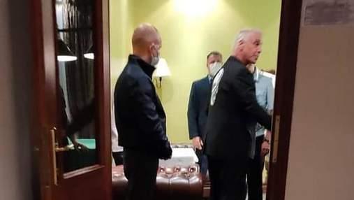 У готельний номер Ліндеманна з Rammstein навідались російські силовики