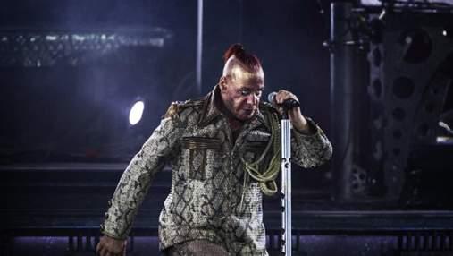 После визита силовиков: Линдеманн из Rammstein отказался выступать в России