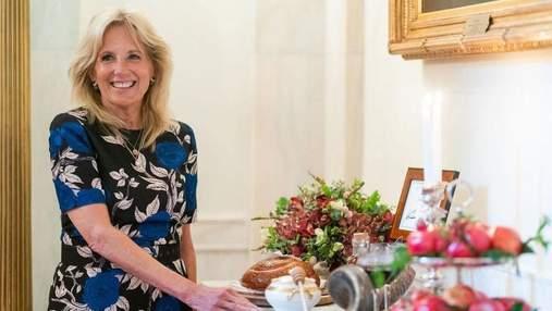 Джилл Байден покорила образом в цветочном платье: фото из Белого дома
