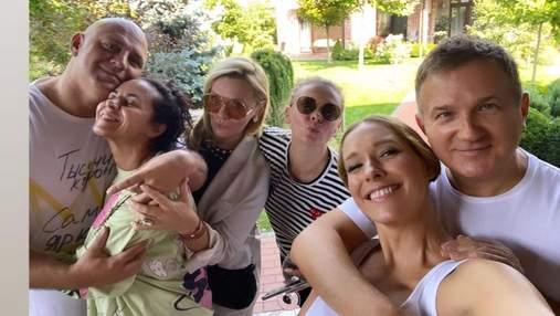 Катя Осадчая празднует день рождения: Потап и Каменских до слез растрогали ведущую – видео