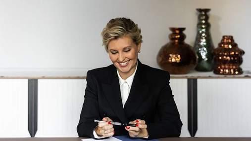 Елена Зеленская позировала в стильной фотосессии: новые кадры в деловом образе