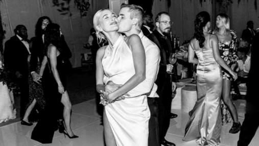 Гейлі та Джастін Бібери святкують третю річницю весілля: згадуємо, як це було