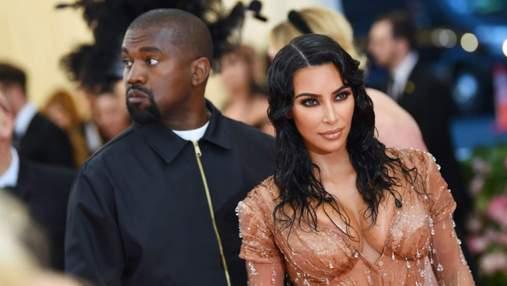 Кім Кардашян і Каньє Вест знову разом з'явилися на публіці попри розлучення